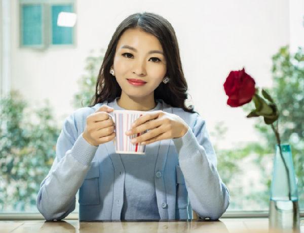 ,【人物专访】新微商亿万总裁——雷小兰